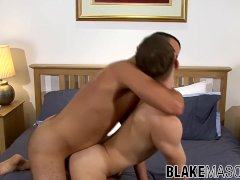 Young man gives blowjob and rimjob before analriding hard