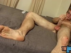 Pretty twinkie with adorable feet rubs his cock and cums|63::Gay,1891::Big Cock,1991::Feet,2121::Solo Male,2141::Twink