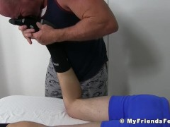 Inked jock Shawn Reeve by balding homosexual masseur|38::HD,63::Gay,1991::Feet,2001::Fetish,2041::Hunks,2071::Massage