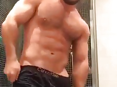 Manuel muscle bear show body 2
