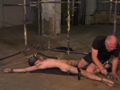 Roped down twink gets a gas mask and a rough handjob|38::HD,63::Gay,1921::Bondage,2001::Fetish,2111::Rough Sex,2141::Twink