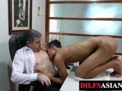 'Mature daddy barebacking asian amateur in the office'