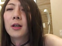 Amateur Asian Toying In Tub