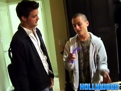 Twink couples having fun at a party|38::HD,63::Gay,2141::Twink